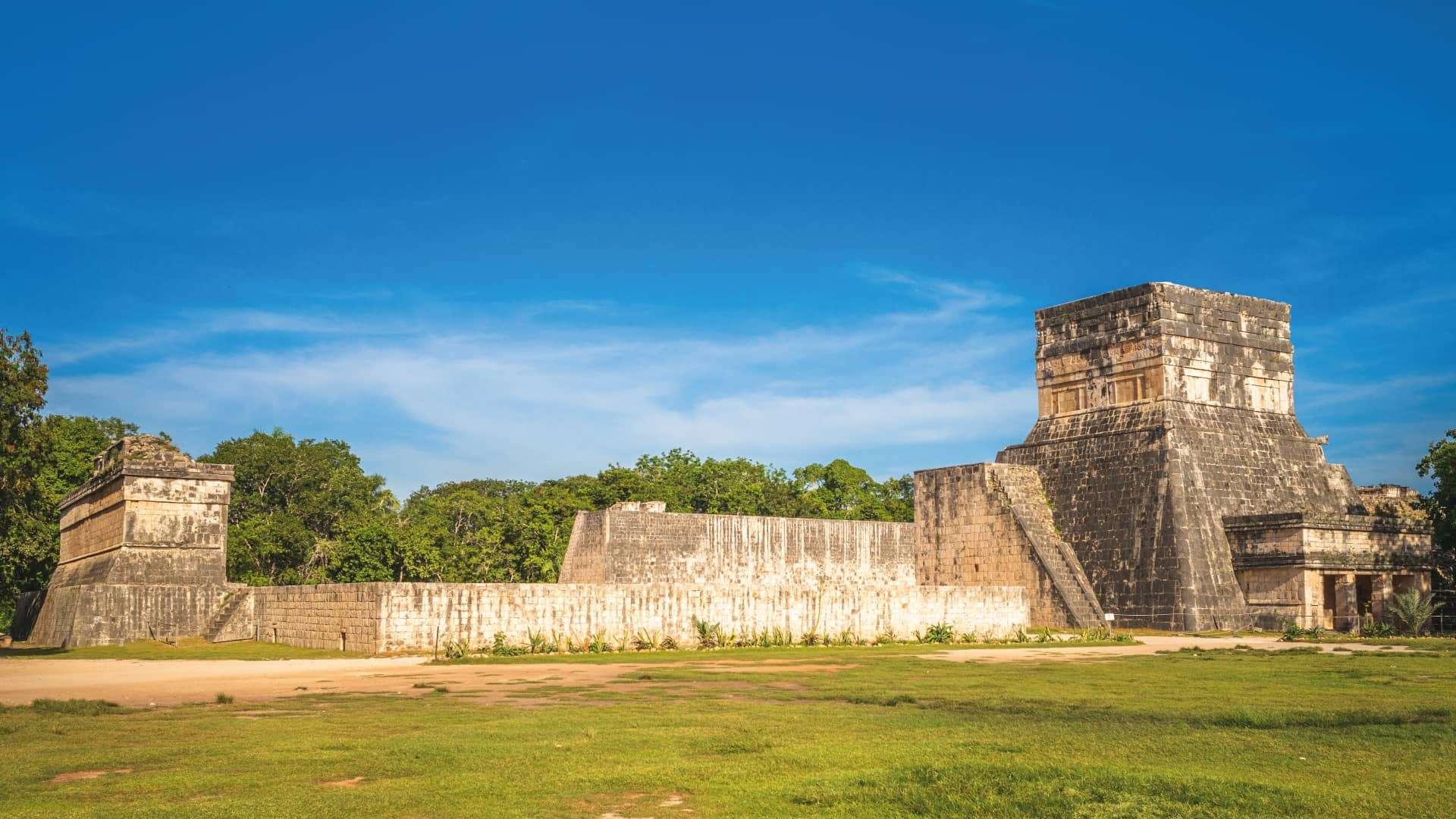 El juego de pelota de Chichén Itzá