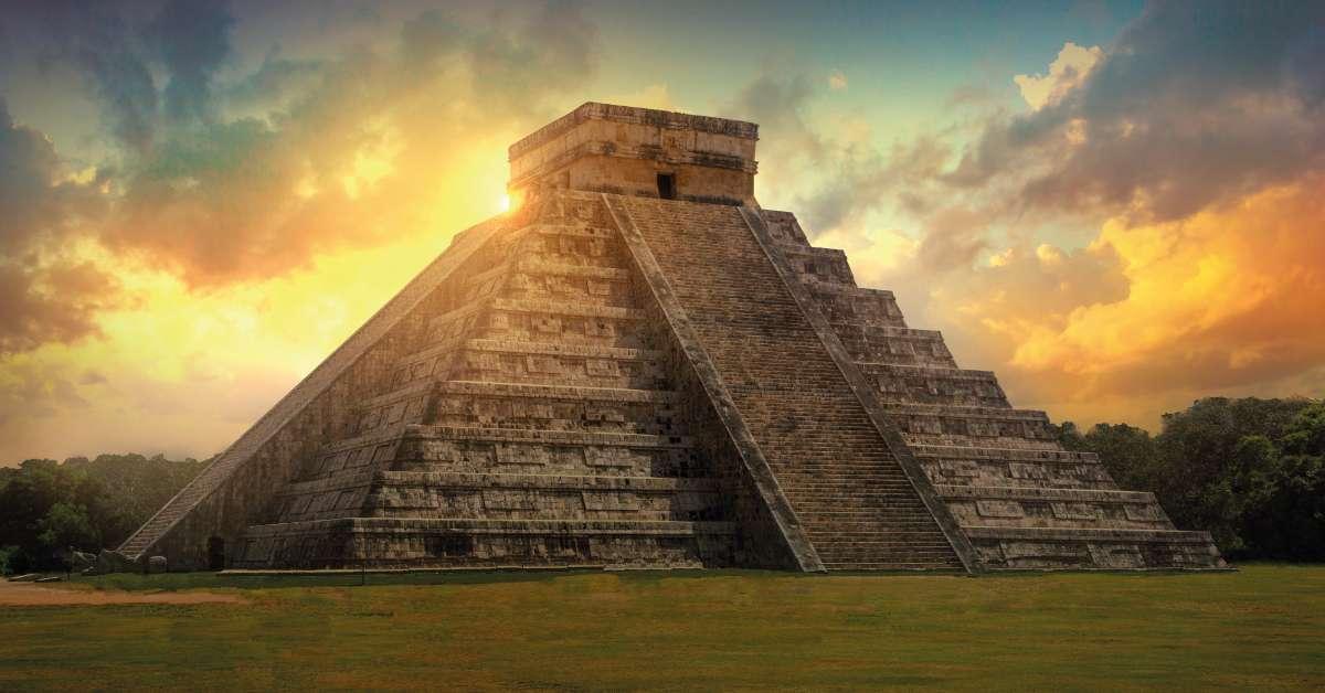 La gran pirámide de Chichén Itzá